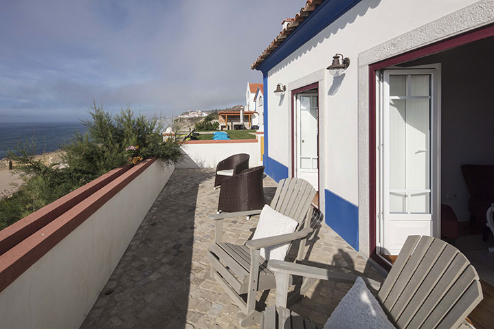 Deluxe Room Balcony Frontal Sea View | Suite Azenhas do Mar